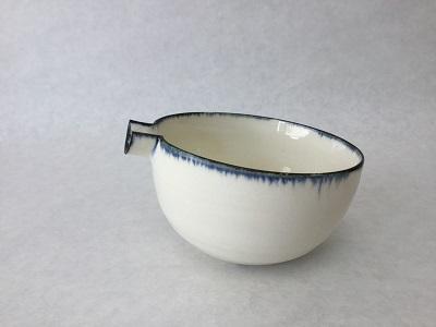 Katakuchi white.jpg