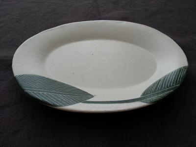 大谷桃子さんのオーバルリム皿 <br>Oval rim plate of OTANI Momoko